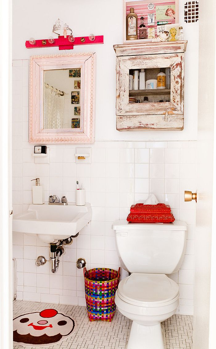 Decorate your shabby chic powder room in style with the right decor
