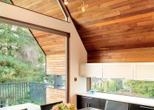 Dining-room-connected-with-the-small-deck-outside-217x155