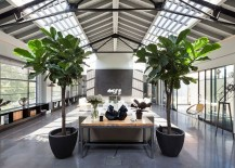 Double-height-open-plan-living-area-of-the-fabulous-London-penthouse-217x155