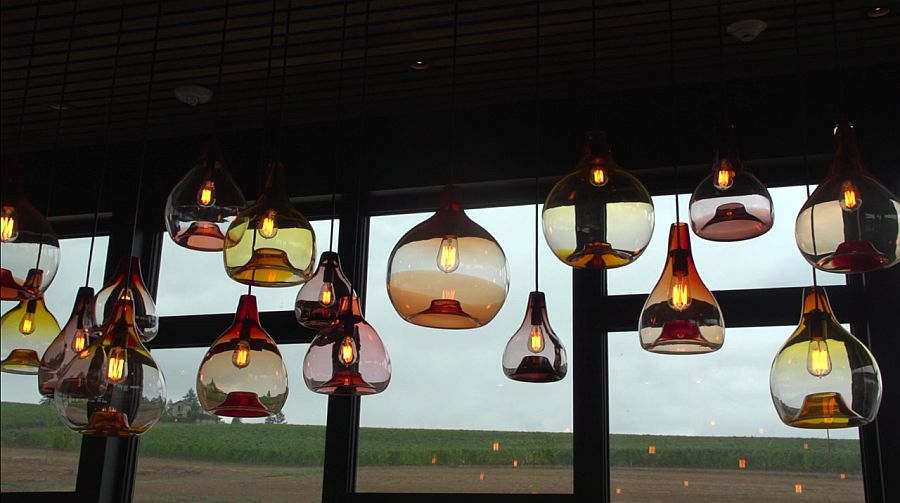 Edison bulbs inside the pendants look perfect for industrial and contemporary homes