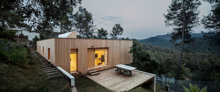 Entrance of Casa LLP conceals the breathtaking views that it holds