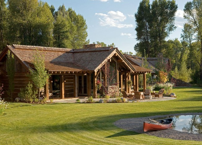 Enchanting Escape: Rustic Wyoming Lifestyle Comes Alive in All Its Splendor!
