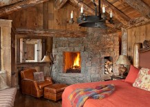 Fireplace-in-the-bedroom-seems-like-a-must-for-the-rustic-cabin-bedroom-217x155