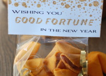 Fortune cookie good bags for New Years Eve 217x155 7 New Years Eve Party Favor Ideas