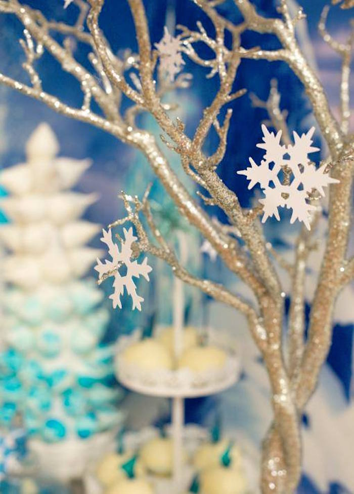 View In Gallery Frozen Party Decorations Featured At Karas Ideas