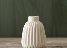 Geo porcelain vase from Terrain