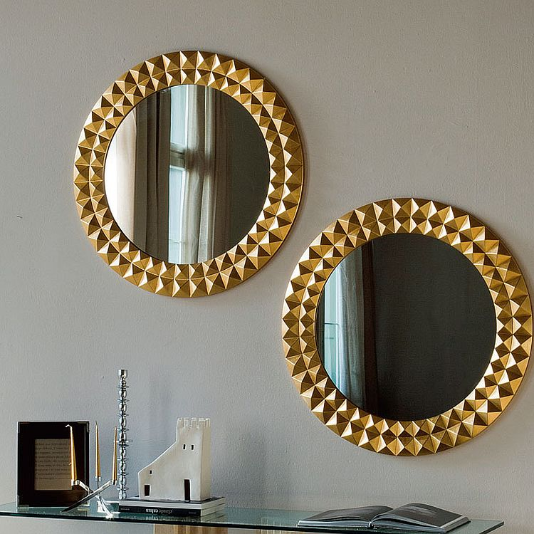 Gorgeous gold frame of the round EGYPT mirrors