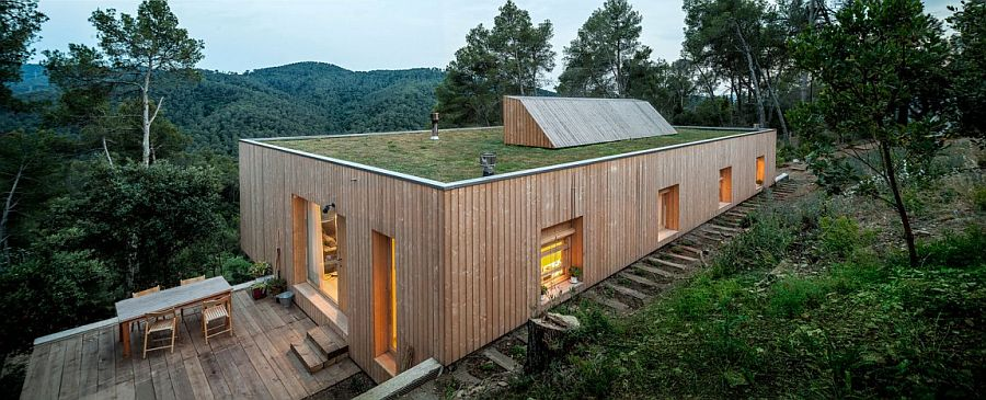 Casa Llp Eco Friendly Modern Home Fits In With Forest