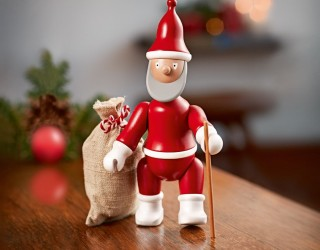 9 Festive Adornments to Add Some Christmas Cheer