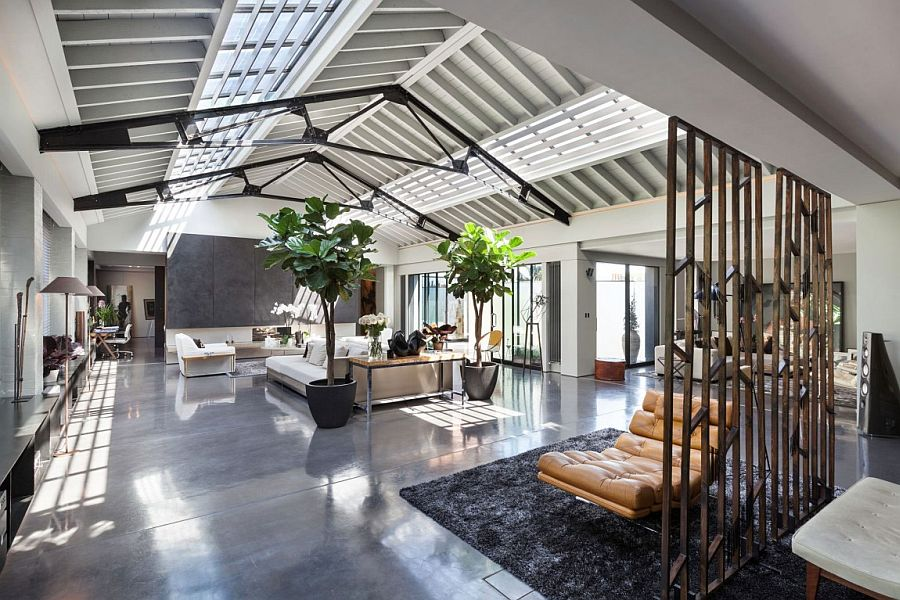 Old Warehouse in London Turned into Posh Urban Penthouse