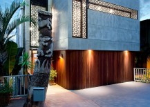 Lovely-entrance-of-the-60s-Modern-Renovation-in-Queensland-217x155