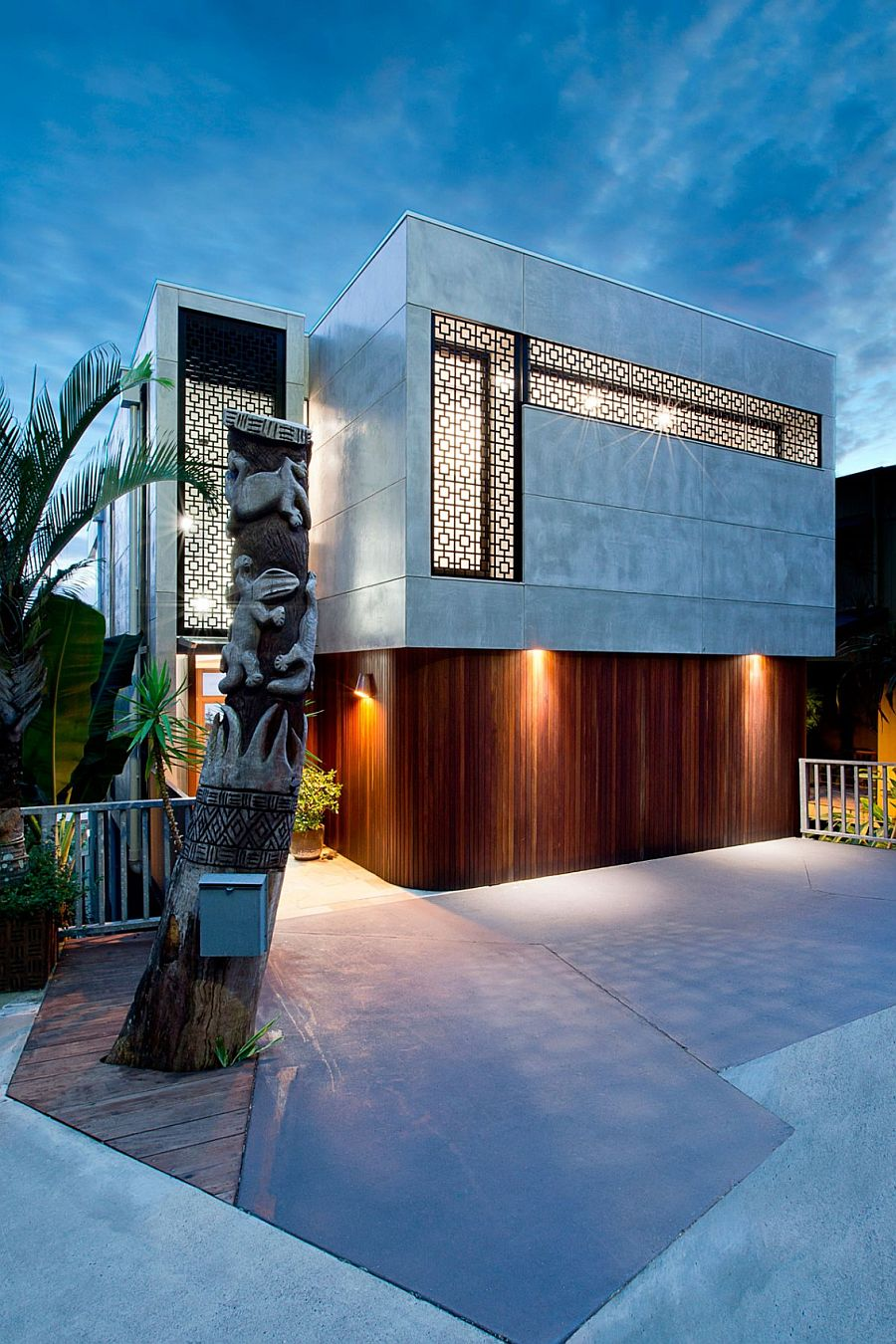 Lovely entrance of the 60s Modern Renovation in Queensland
