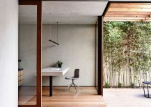 Minimal-corner-home-office-that-opens-up-into-the-rear-yard-217x155