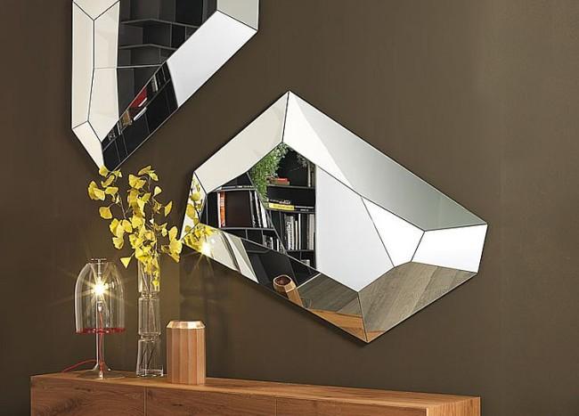 Refined Reflection: 4 Strikingly Glamorous Mirrors from Cattelan Italia