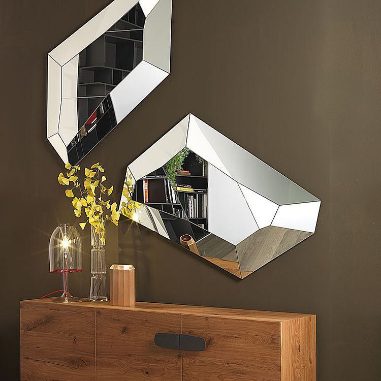 Mirrored frame of Diamond gives it a glittering look Refined Reflection: 4 Strikingly Glamorous Mirrors from Cattelan Italia