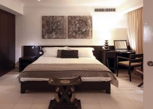 Natural-oak-frame-of-the-bed-adds-to-its-elegance-217x155