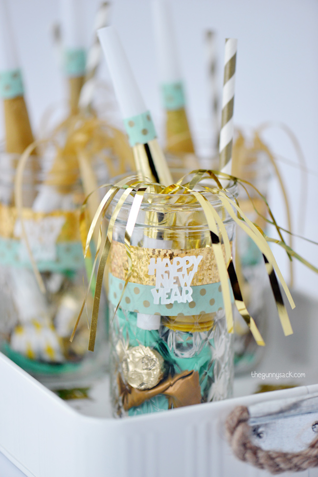 7 new year 39 s eve party favor ideas - Best new year gift ideas ...