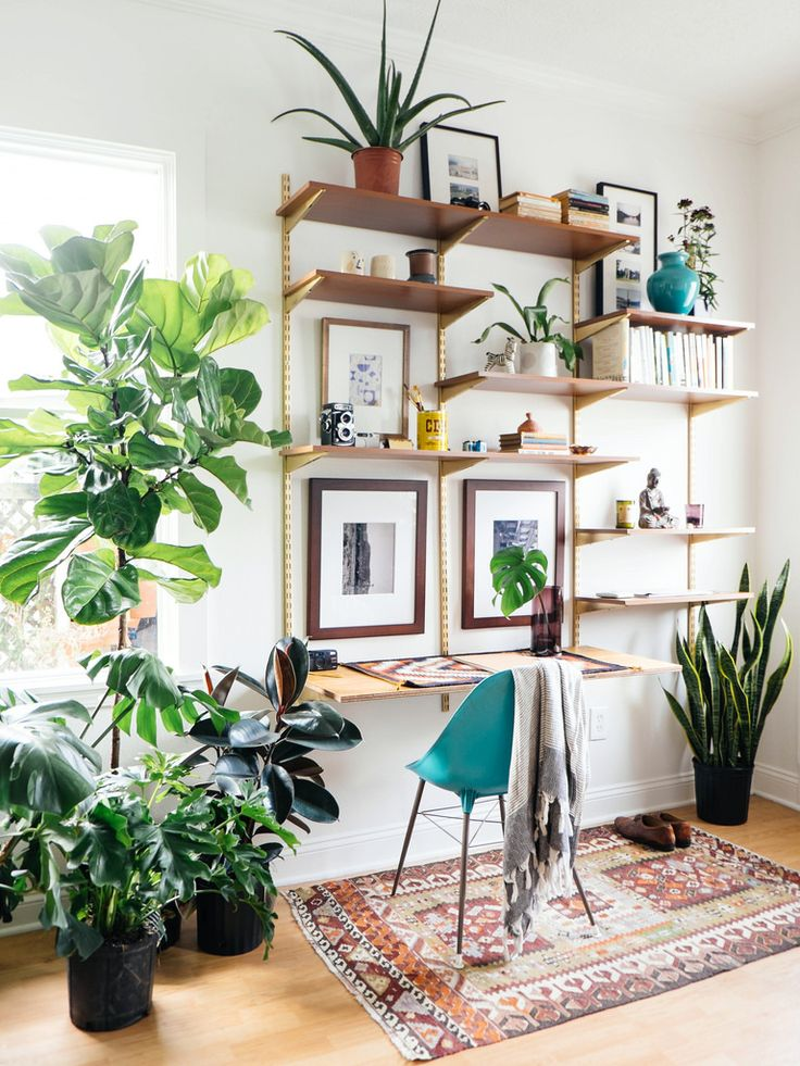 15 nature inspired home office ideas for a stress free for Como decorar mi jardin con plantas