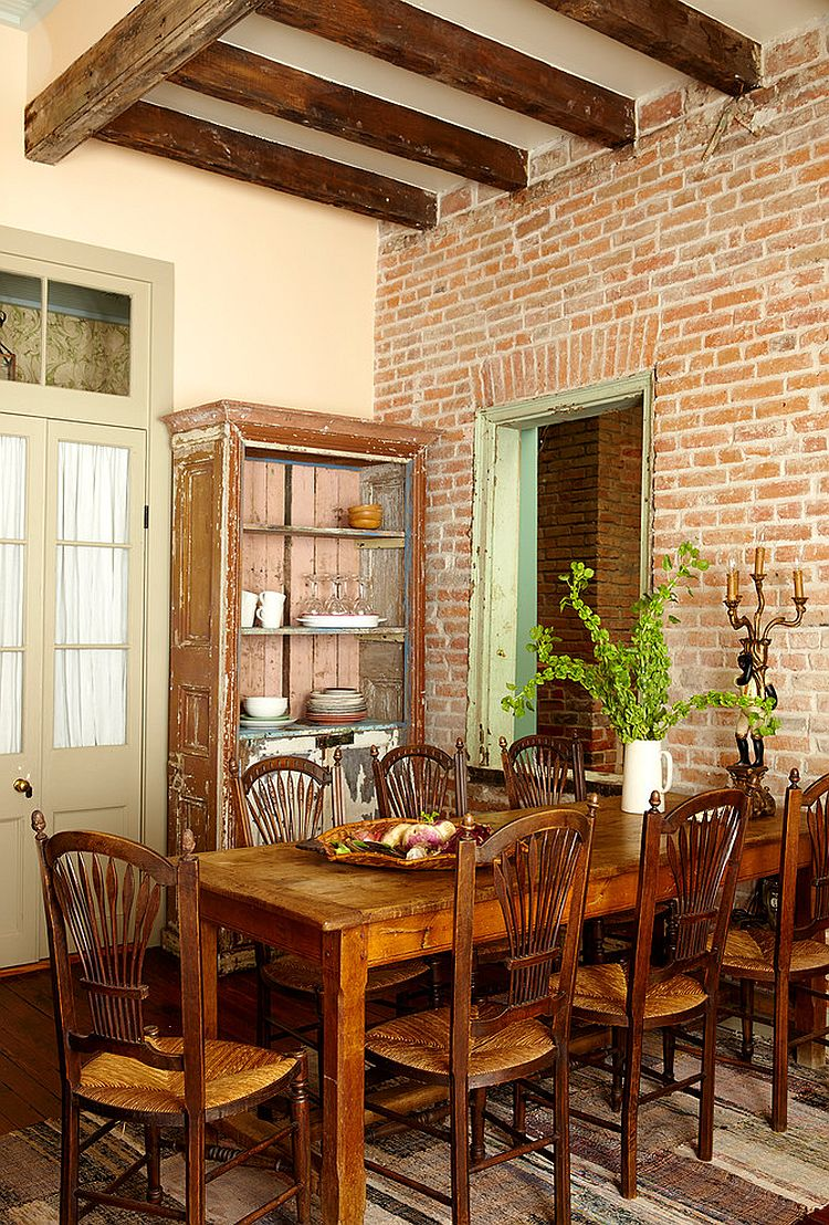 Original brick walls bring along with them a sense of history and warmth [Design: Logan Killen Interiors]