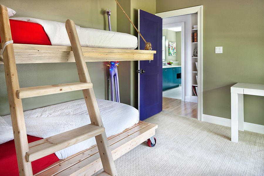 Rope pulleys and wheels turn the bunk bed in the kids' room into a practical delight