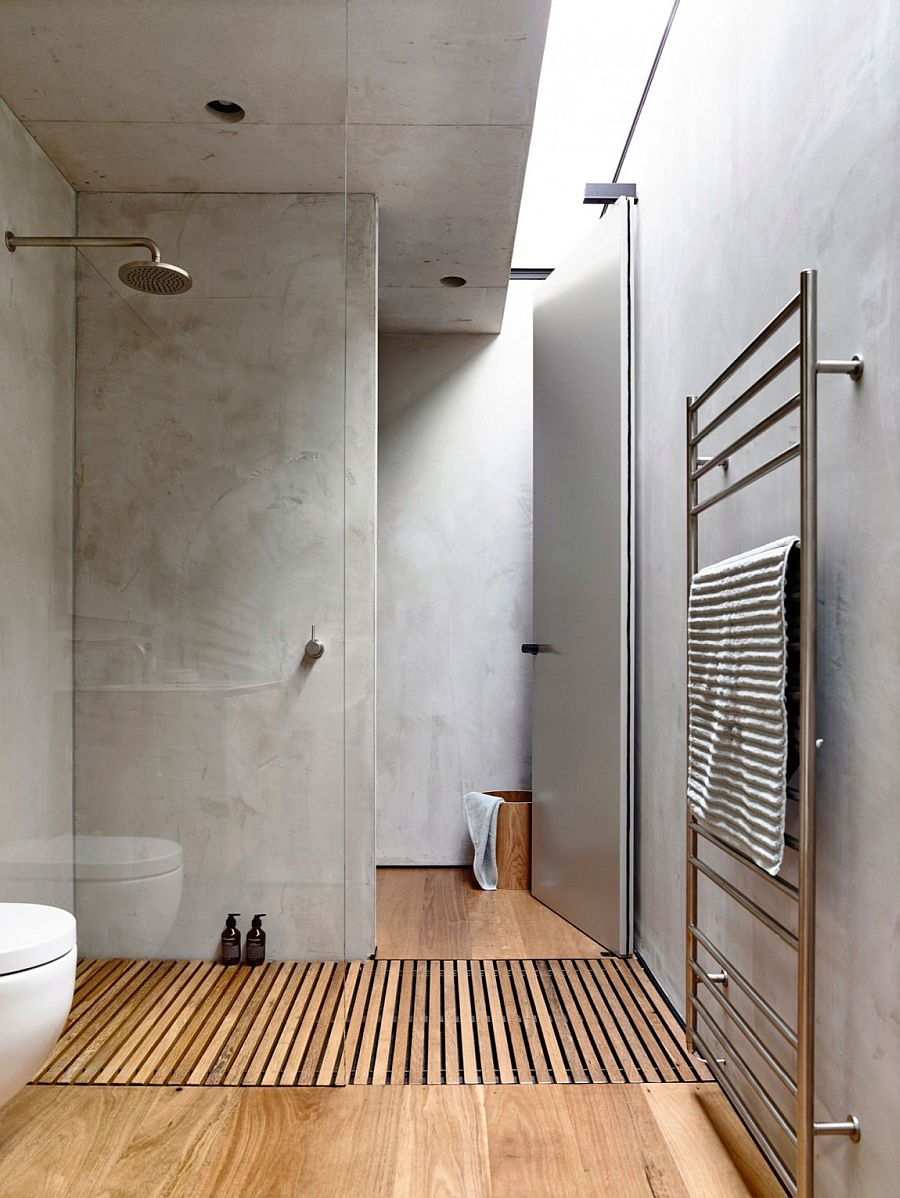 Skylight gives the contemporary bathroom a bright, cheerful appeal
