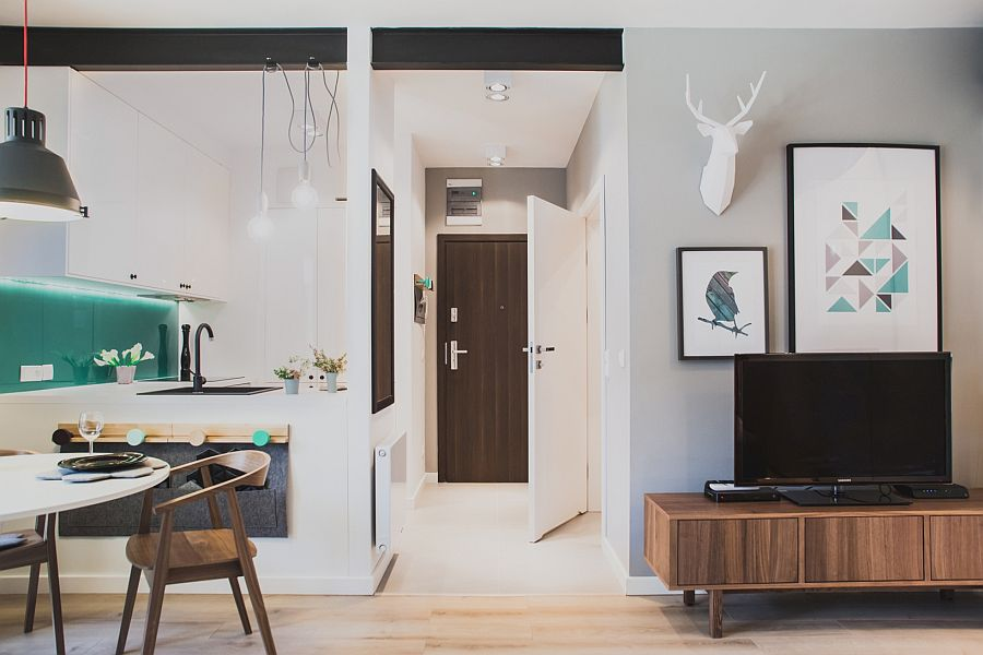 Small apartment designed by by Raca Architekci in Gdansk