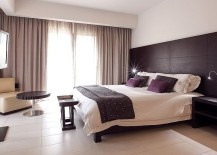 Smart and minimal design of the bed does away with the excesses