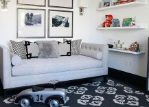 Smart playroom idea for those who adore black and white