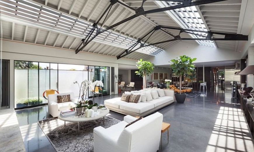 Talismanic Conversion: Dream Apartment in Revamped London Warehouse