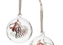 Tanssi glass balls