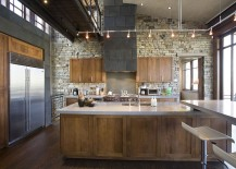 Telluride Gold stone wall brings rustic beauty to modern industrial kitchen