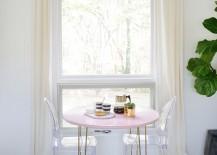 The-breakfast-nook-of-A-Beautiful-Mess-blogger-Laura-Gummerman-217x155