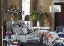 Turn-the-bedroom-corner-into-a-fabulous-workspace-217x155