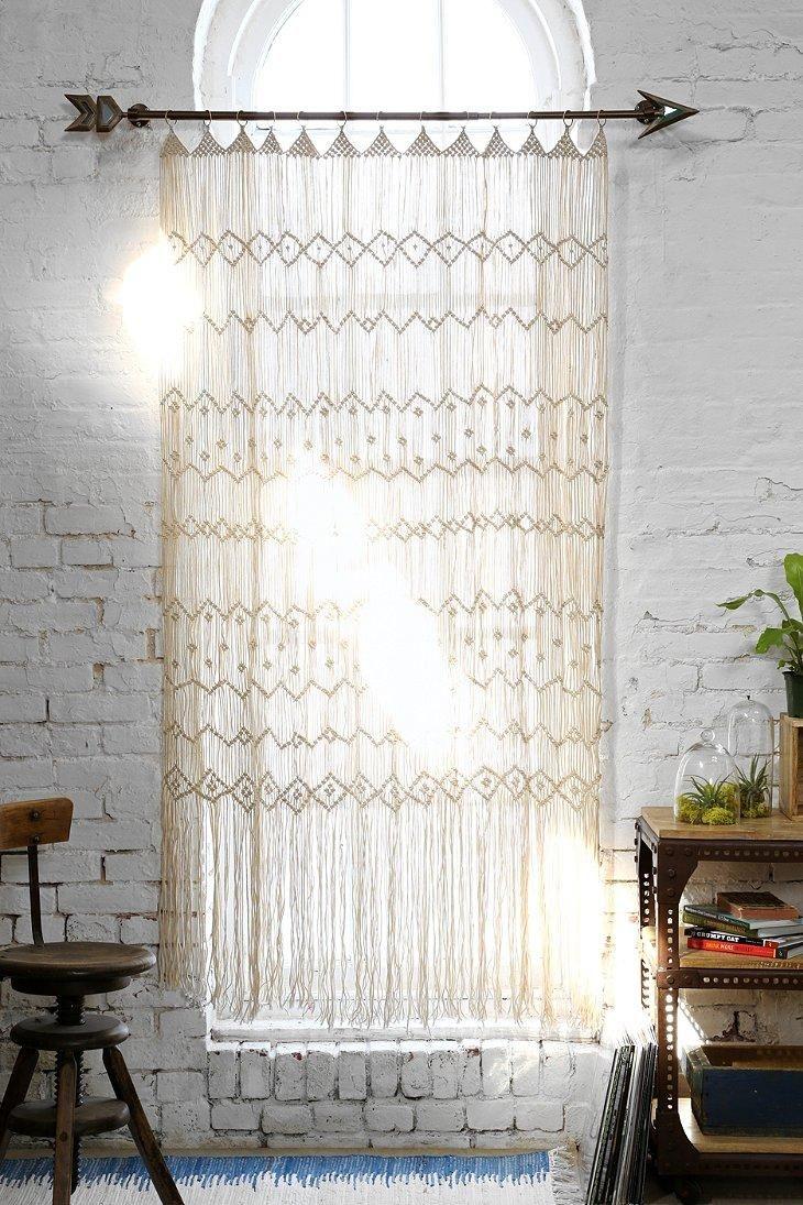 Unique arrow curtain rod