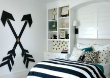 Wooden-wall-arrows-for-a-teens-bedroom-217x155