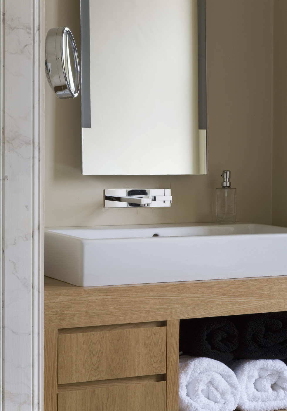 The luxury look of high end bathroom vanities - Bathroom vanity under sink organizer ...