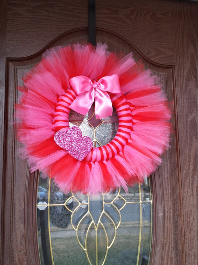 Bright pink and red tulle wreath for Valentine's Day