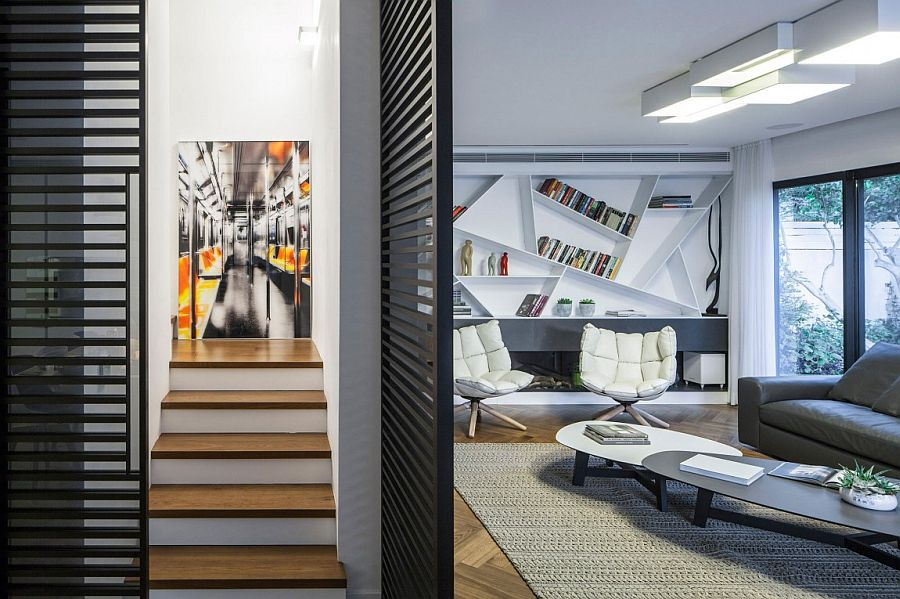 Clever staircase design leading to the top level of the Ramat HaSharon house