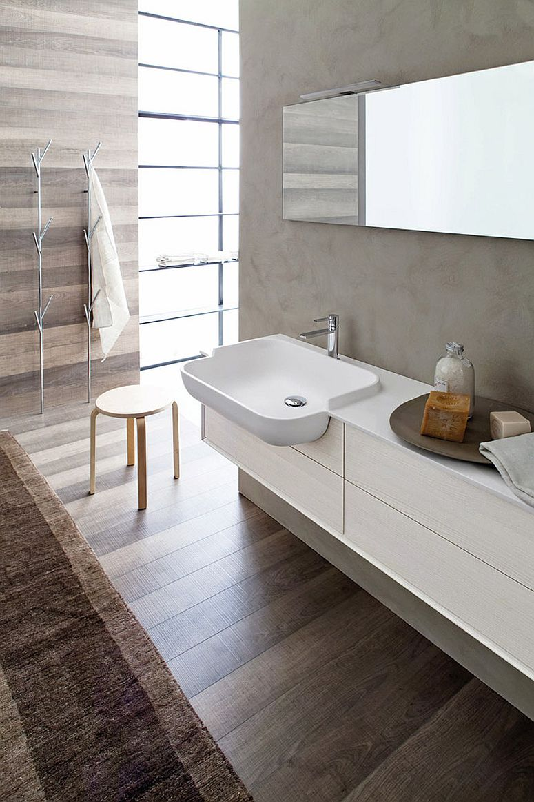 Contemporary bathroom in white and gray