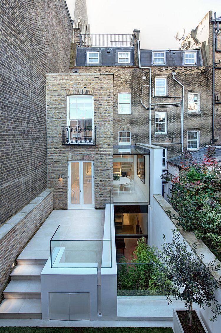 Contemporary extension of classic London home with Juliet balcony [Design: mb design studio]
