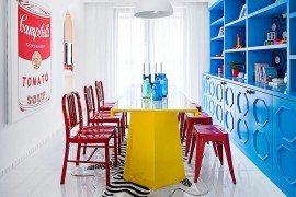 Eclectic dining room is all about bold color 270x180 Visual Feast: 25 Eclectic Dining Rooms Drenched in Colorful Brilliance!