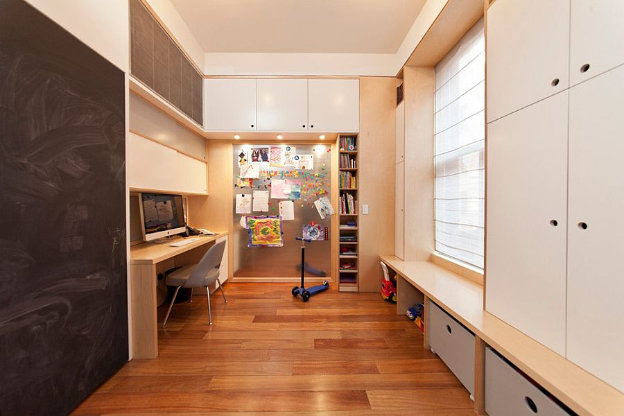Efficient home office and playroom hybrid [Design: Casa Kids]