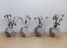 Geometric concrete flower vases 217x155 Cool Concrete Accessory Ideas