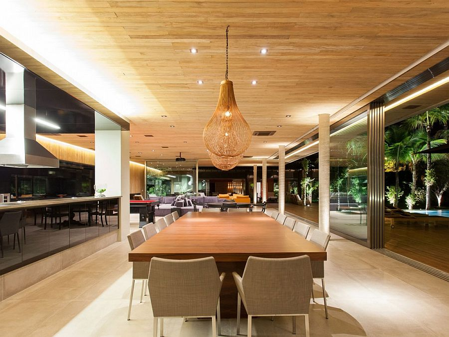 Gorgeous kitchen and dining area inside the stylish Pavilion