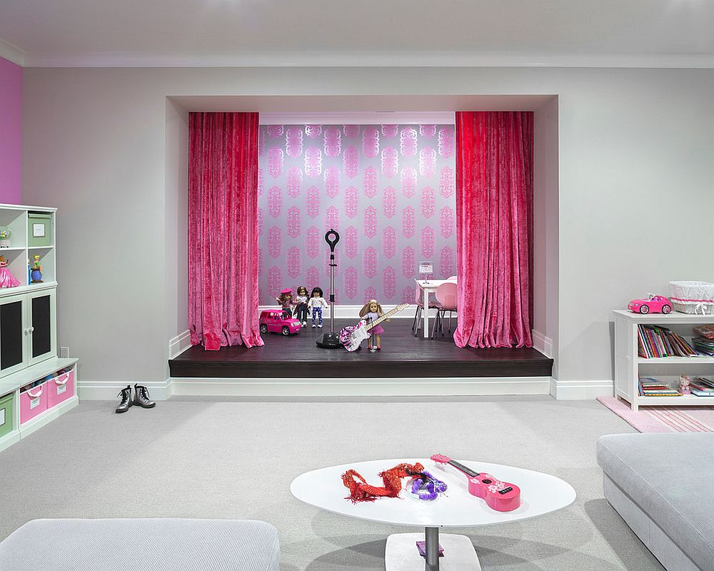 Gorgeous stage in the basement for your young starlet [Design: Ruth Richards]