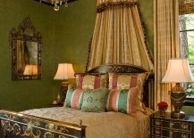 Hand-painted bedroom ceiling with lovely decorative motif