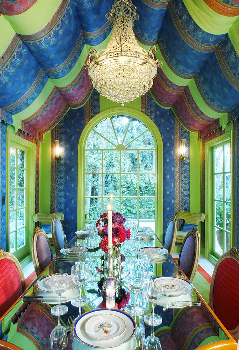 Hollywood-inspired dining room is a world in itself! [Design: Timothy Corrigan]