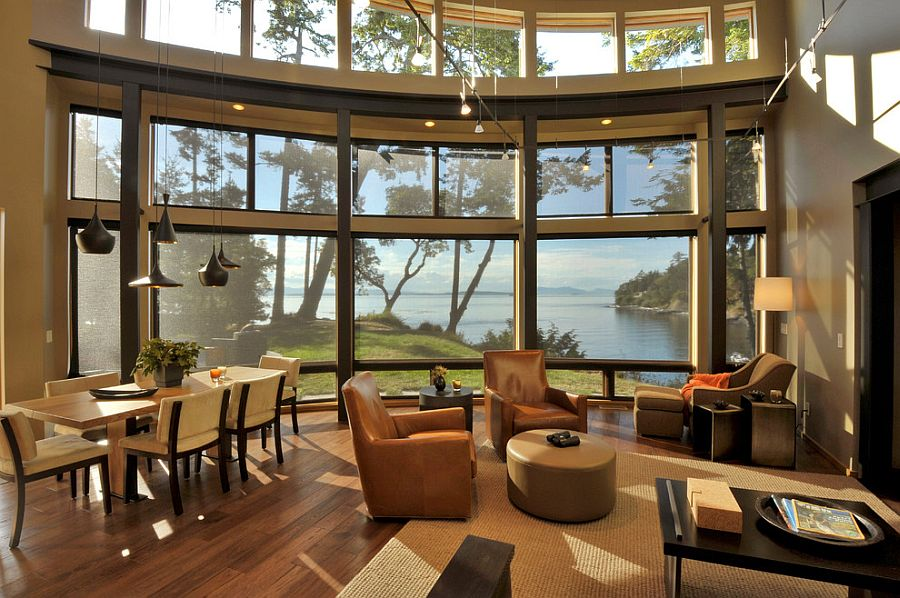 It is the view outside that steals the show here [Design: David Vandervort Architects]