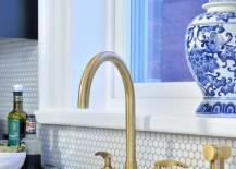 Kitchen-with-a-penny-tile-backsplash-217x155