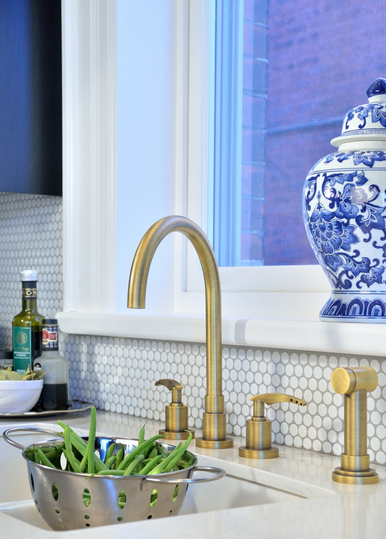 Kitchen with a penny tile backsplash